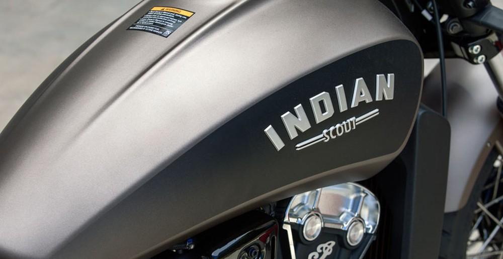 indian scout bobber 2018