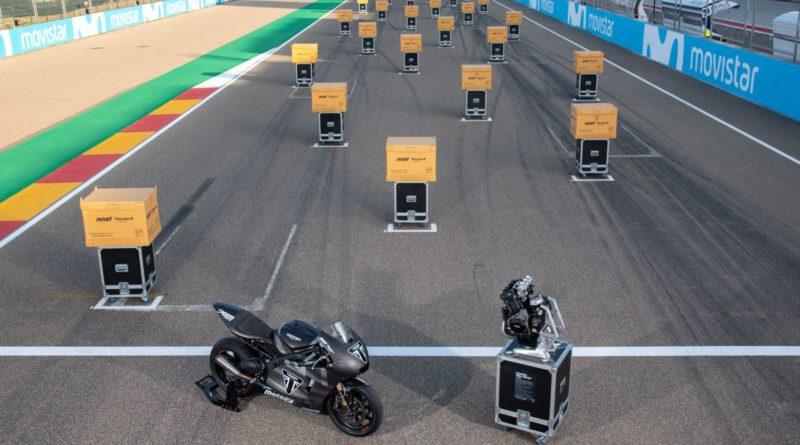 Triumph motores moto2
