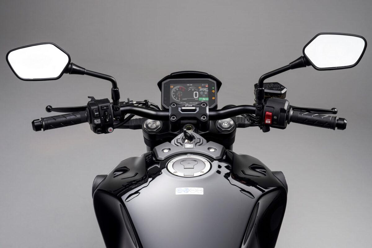 honda cb1000r 2021 black edition tanque e painel