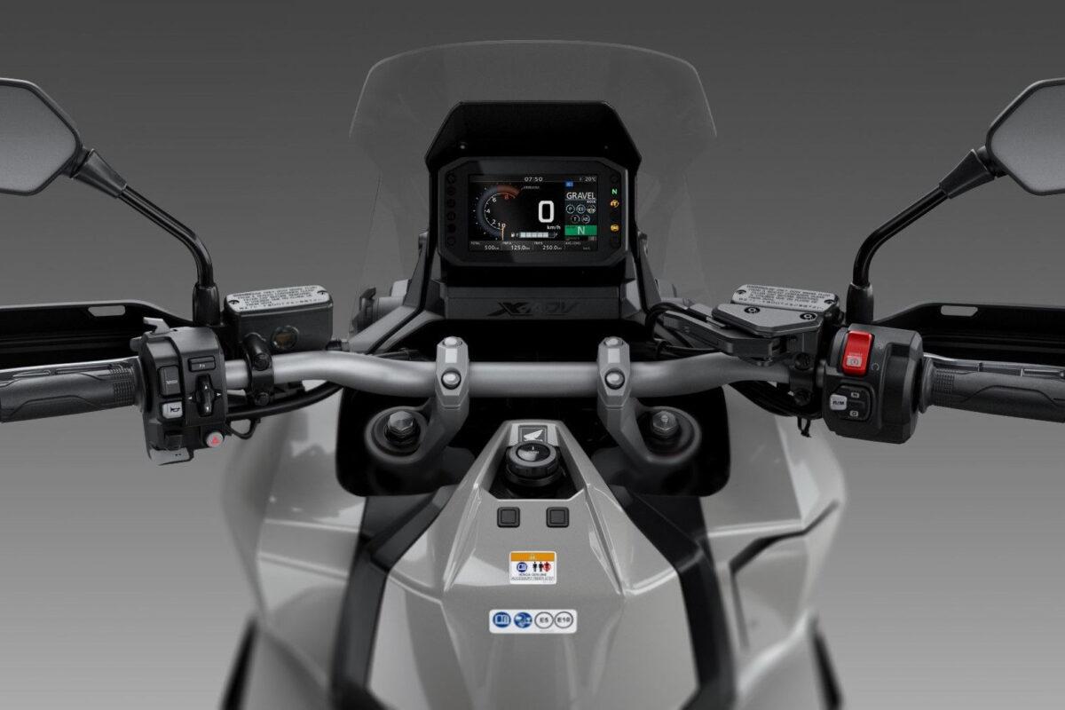 honda x-adv 2021 europa visão do piloto cockpit e painel