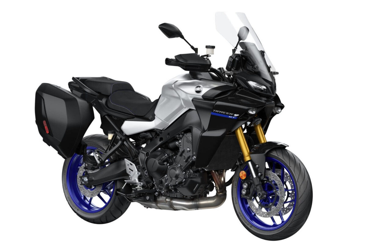 yamaha tracer 9 gt europa frontal lateral direita