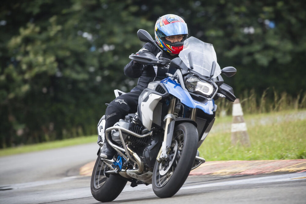 bmw rider experience brasil
